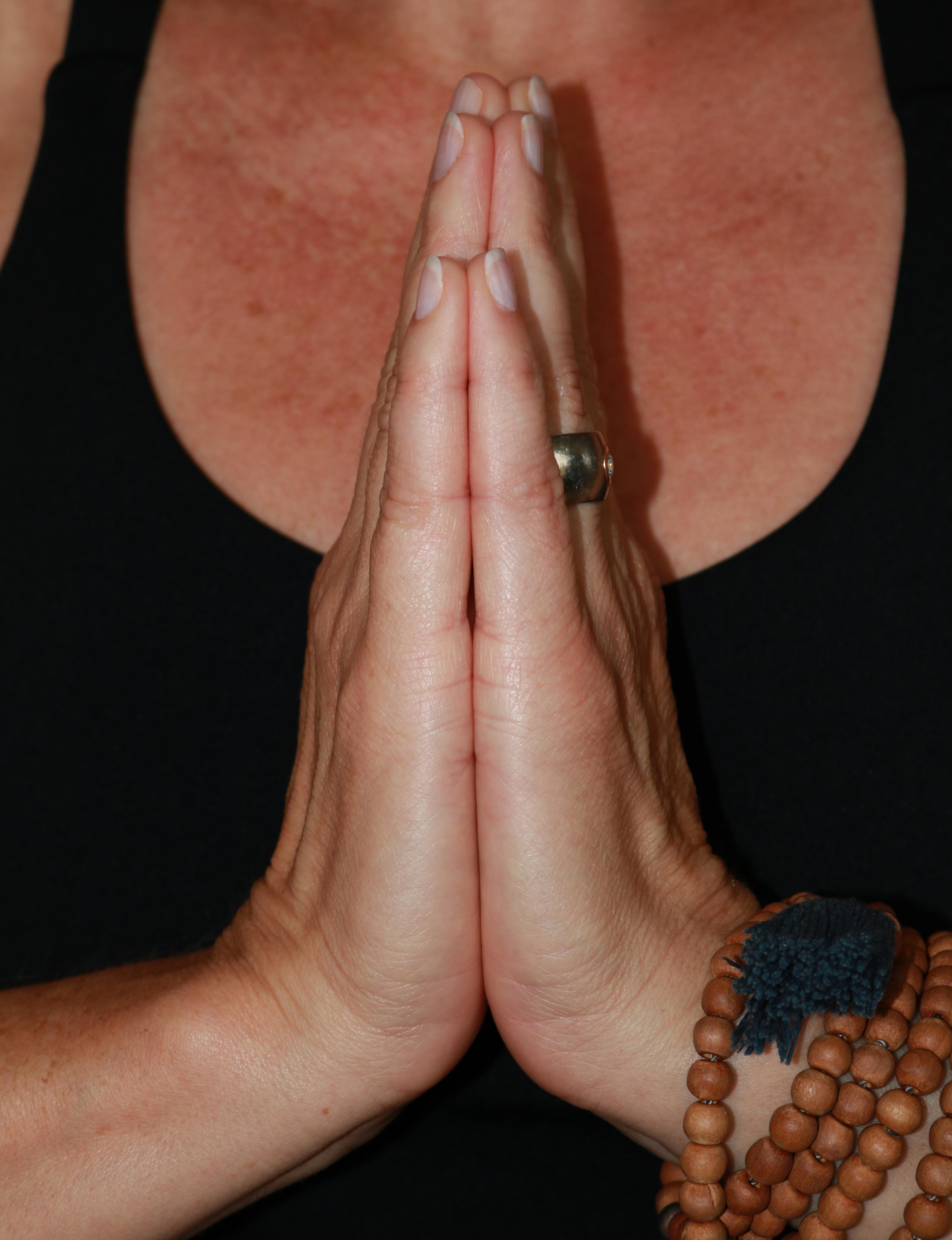 Gebetshaltung, Namaste, Anjali-Mudra
